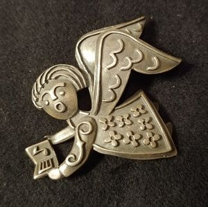Retired James Avery Singing Angel Silver Pin